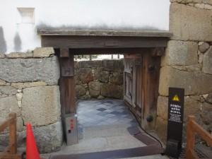 姫路城の門(8)