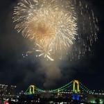 冬の空に花火を楽しめた! 「お台場レインボー花火 2015」