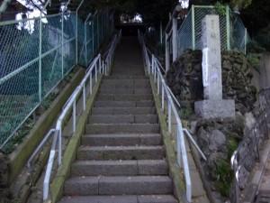 木造太田道灌坐像が安置されていた、稲付城(跡)2