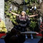 直接手で触れずに魚をさばく神秘的な儀式だった、神田明神「だいこく祭~四條流包丁儀式~」