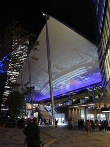「東京駅グランルーフ Light on Train」13