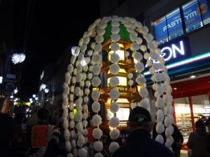「関のボロ市」の万灯行列をちょこっと見てきました。1