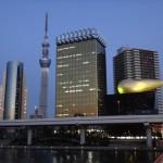 3・11と東京大空襲を追悼した、東京スカイツリー