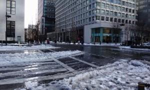 雪景色の東京駅周辺を歩いてきた
