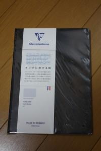 ふと見つけて思わす買ってしまったフランスノート(笑)。