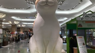 日本橋三越に巨大猫