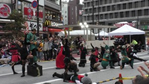「第16回 東京よさこい」~10月10日:前夜祭:アゼリア通り(下)~(4)15